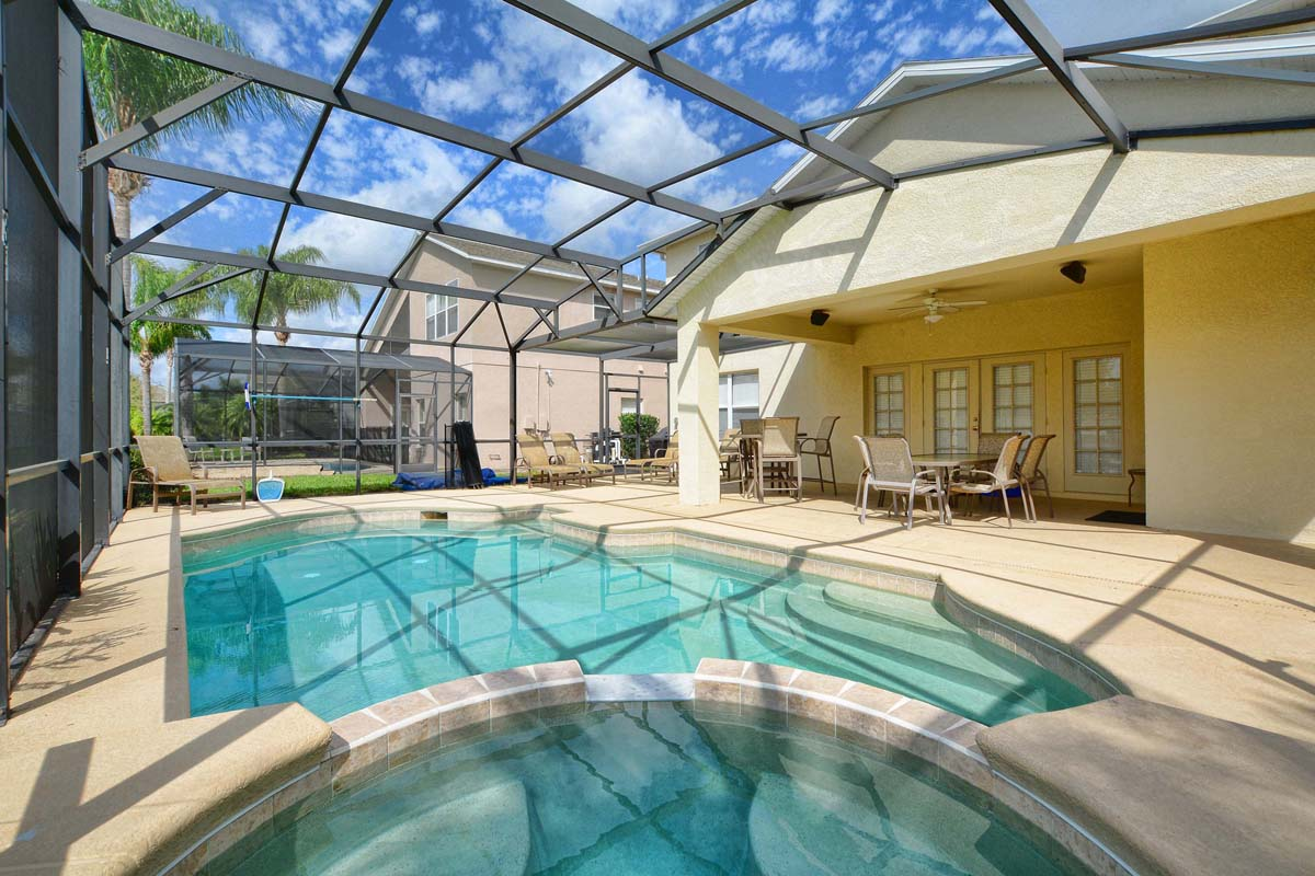 Florida vacation homes vacation rentals orlando for Florida pool homes